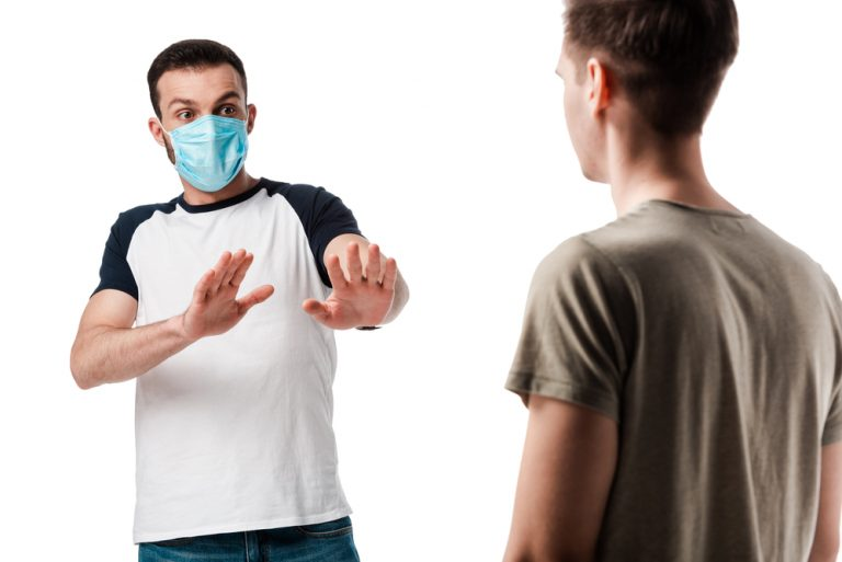 Dealing with Violent Customers Who Refuse to Wear Masks