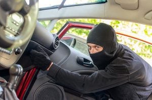 Read more about the article Your Car Is Rich Target for Information Thieves
